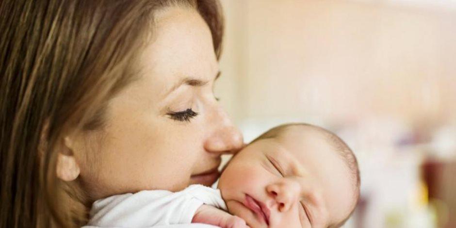 مستشارك القانوني.. هل هناك سعر لـ «نفقة الرضاعة»؟