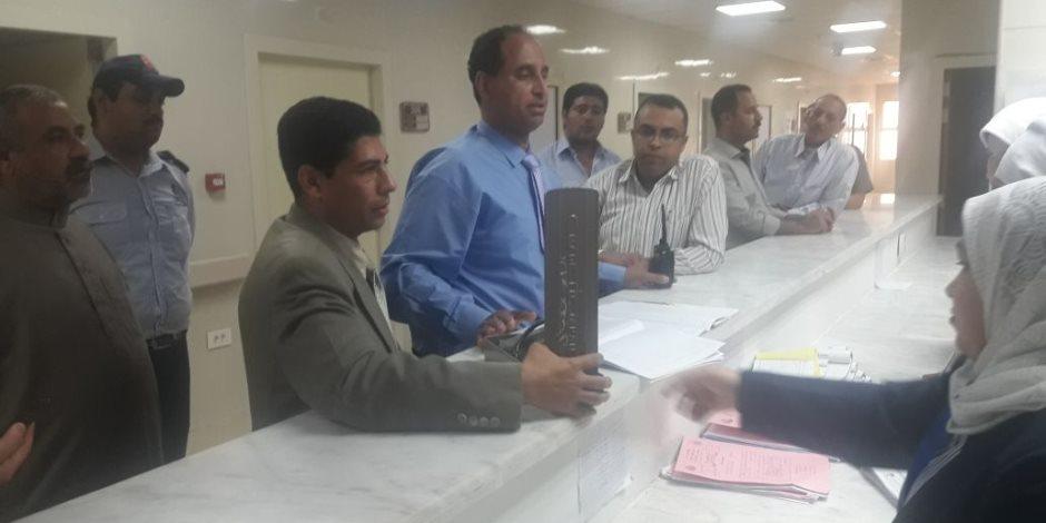 """""""وكيل الصحة بشمال سيناء"""" يزور مستشفى بئر العبد لتفقد سير العمل   (صور)"""