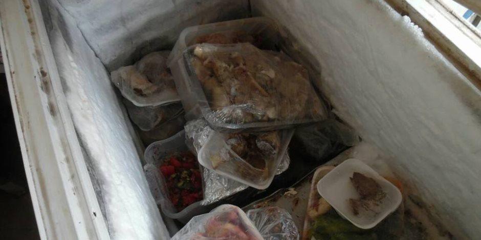 إعدام كميات من المواد الغذائية الفاسدة في الحامول بالمنوفية (صور)