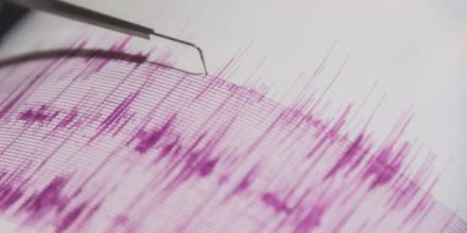 زلزال بقوة 5.6 درجة يضرب منطقة قريبة من جوام الأمريكية بالمحيط الهادى