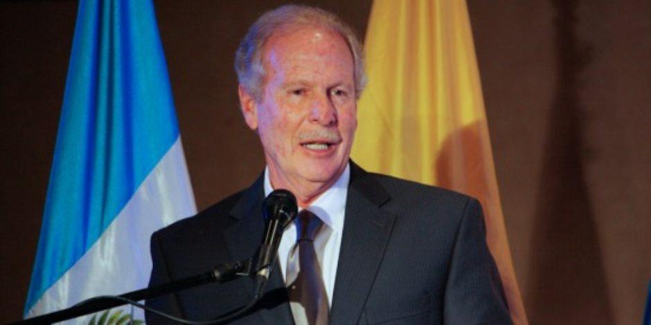 وفاة رئيس جواتيمالا السابق الفارو أرزو عن عمر 72 عاما