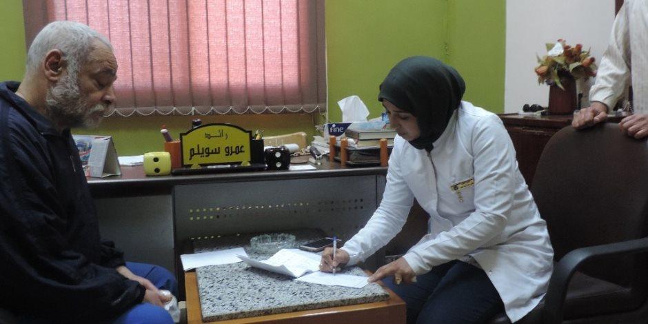 قافلة طبية للكشف عن المحتجزين بأقسام وسجون القليوبية (صور)