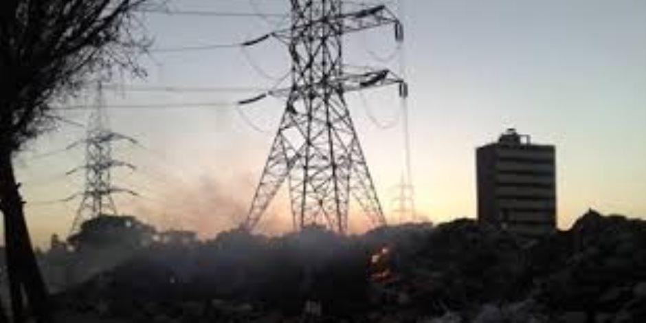 انقطاع الكهرباء عن مدينة إدفو بعد سقوط أحدى أبراج الضغط العالي