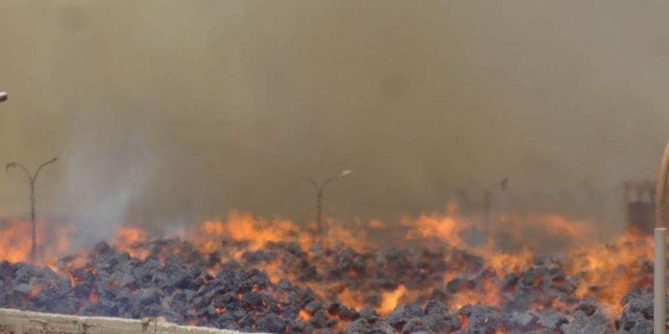 رئيس الوزراء ووزير التنمية المحلية يتابعان جهود إطفاء حريق مصنع سكر كوم أمبو