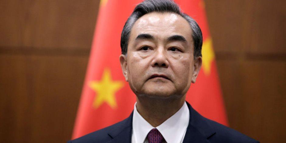 وزير الخارجية الصيني: ندعم إنهاء حالة الحرب بين الكوريتين