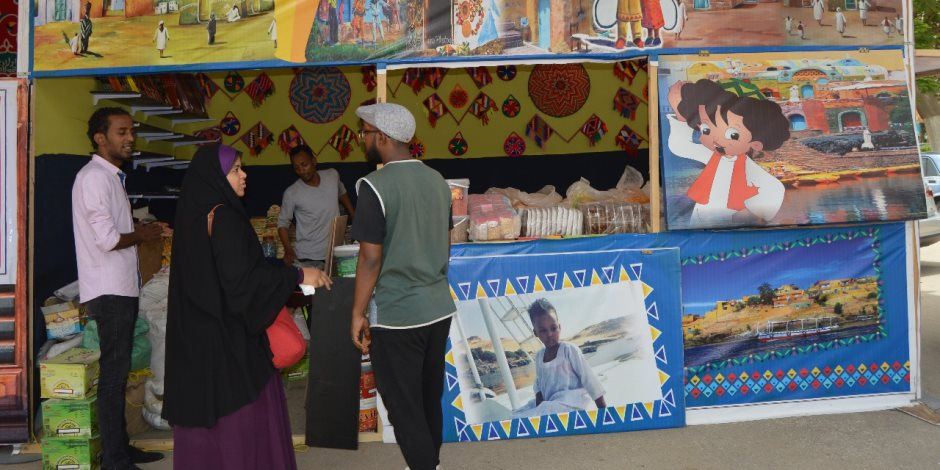 جامعة عين شمس تطلق مبادرة «أصنع فانوسك بنفسك