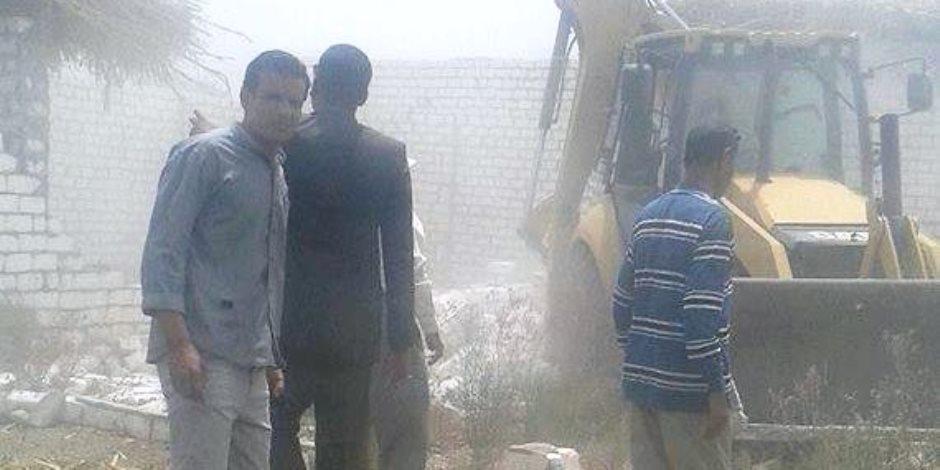 إزالة 7 حالات تعدى تعد على الأراضى الزراعية بمركز البلينا بسوهاج