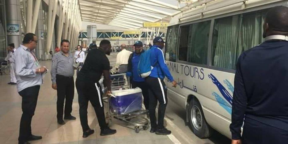 بعثة يونياو دو سونجو بطل موزمبيق تصل إلى بورسعيد (صور)