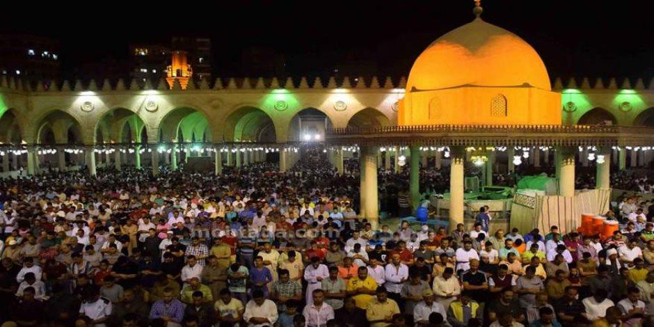 جدل بسبب «التراويح».. الإفتاء الأردنية: «عددها يزيد عن 20 ركعة».. والأوقاف المصرية:«الفقهاء اختلفوا حولها»