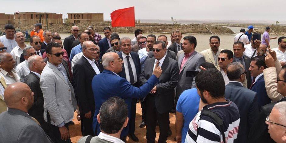 وزيرا الزراعة والتموين ومحافظ الفيوم يفتتحون المرحلة الأولي لتطوير بحيرة قارون