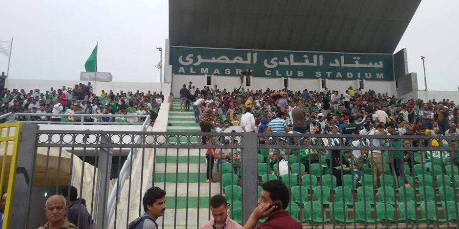 مشجعي النادى المصرى يتوفدون على استاد بورسعيد (صور)