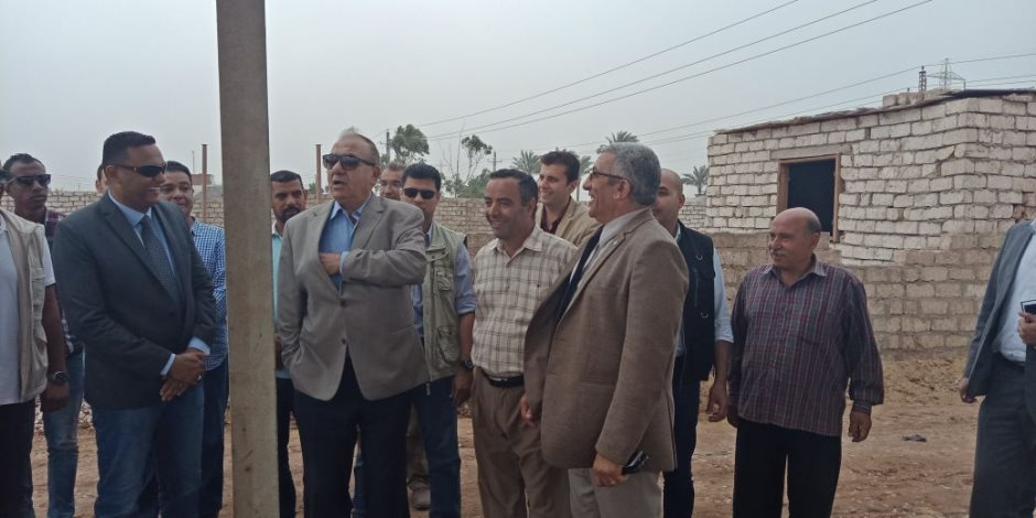 وزير التنمية المحلية يقرر صرف 50 ألف جنيه للعاملين بالمدفن الصحي بالسادات