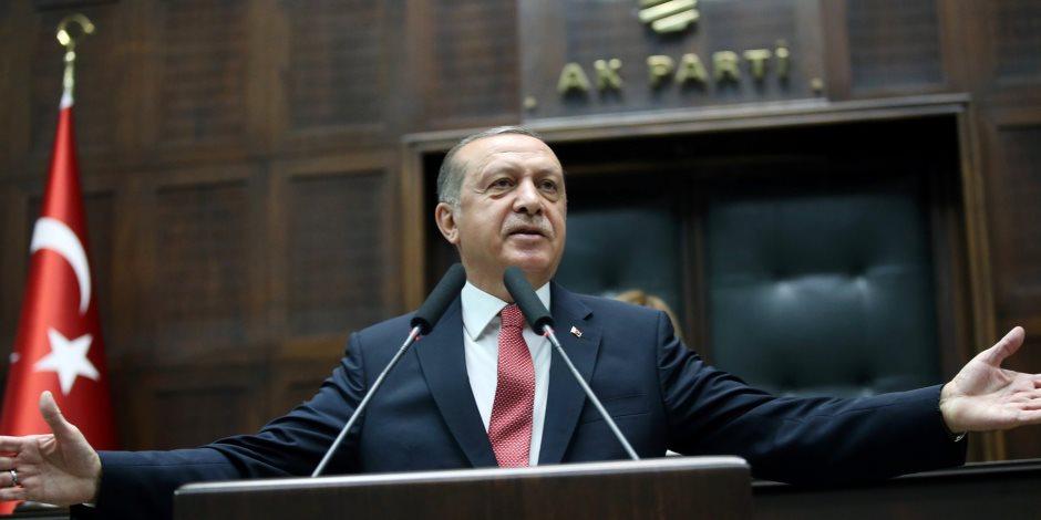 """كاتب بريطانى يصف أردوغان بـ""""البلطجى: يشكل تهديدا لدولته وللعالم"""