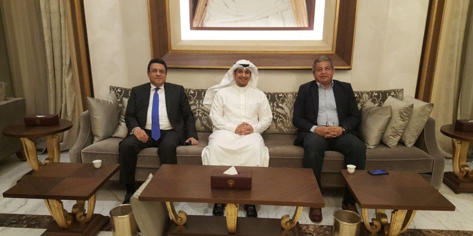 وزير الشباب والرياضة يصل القاهرة قادما من الكويت