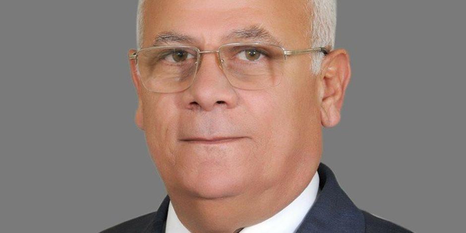 محافظ بورسعيد يهنئ الرئيس السيسى بذكرى العاشر من رمضان
