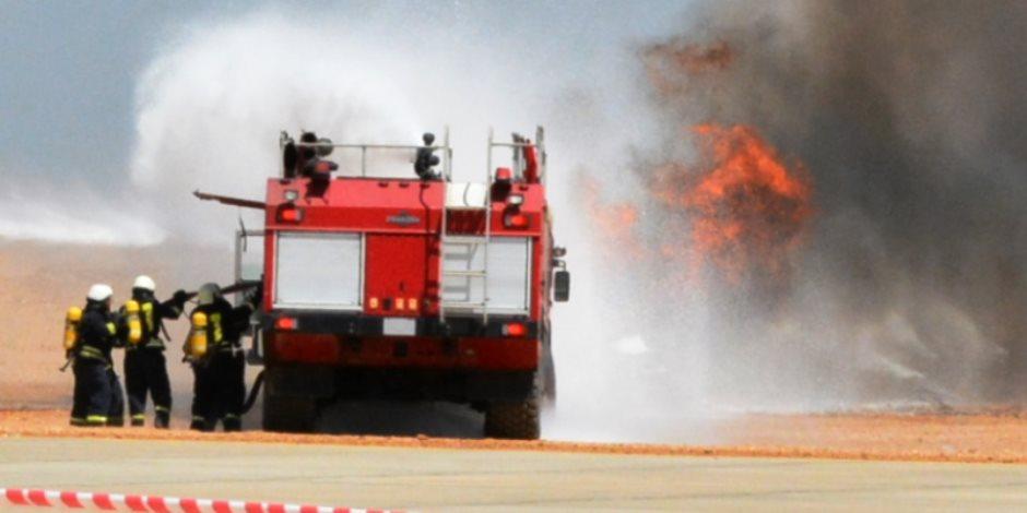 تجربة حية بمطار سوهاج لإستعدادات مواجهة وجود قنبلة في طائرة  (  صور  )