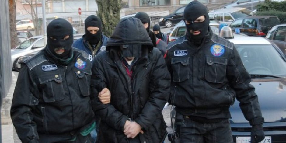 اعتقال رجل أربعيني هدد وزراء السويد بالاغتيال
