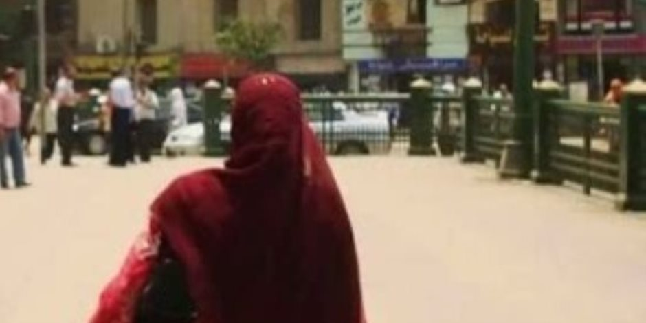 أسلحة بيضاء وسباب في مصر الجديدة.. والسبب سيدة