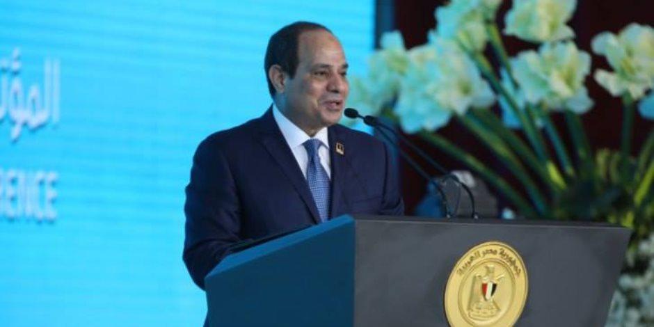 السيسي: تحديات مصر أكبر من أي حكومة ورئيس ولازم نتحمل ونتعذب