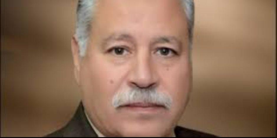 إصابة 6 أشخاص في حادث انقلاب سيارة بطريق «قنا- نجع حمادي»