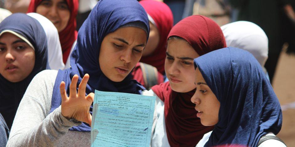 في ثاني أيام امتحانات الثانوية العامة.. هل انتصرت صفحات الغش على وزارة التعليم؟
