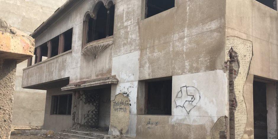 «فيلا الشناوي» تحفة معمارية سابقا.. خرابة في ظل غياب الرقابة حاليا (صور)