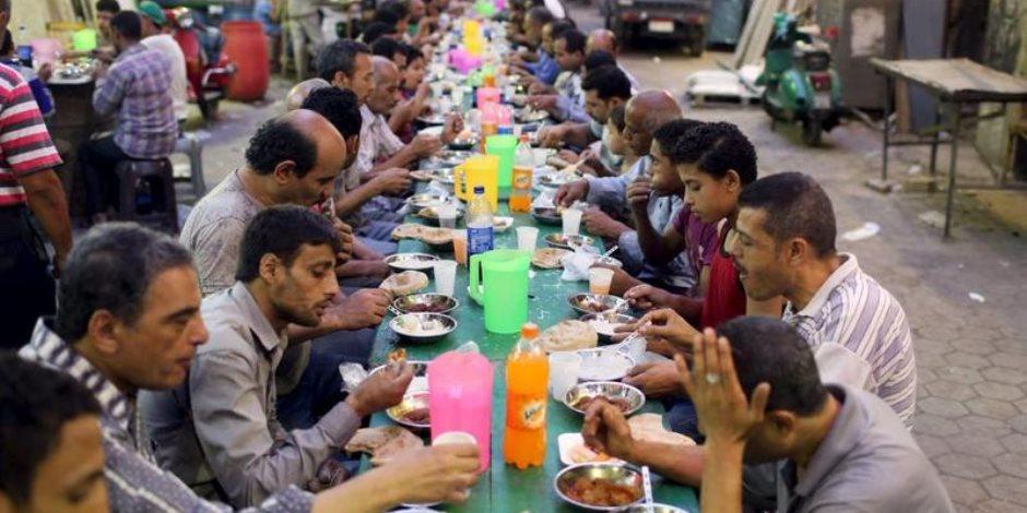 كيف تخرج من رمضان بمعدة سليمة؟.. روشتة للتعامل مع الأطعمة والمشروبات بعد الصيام