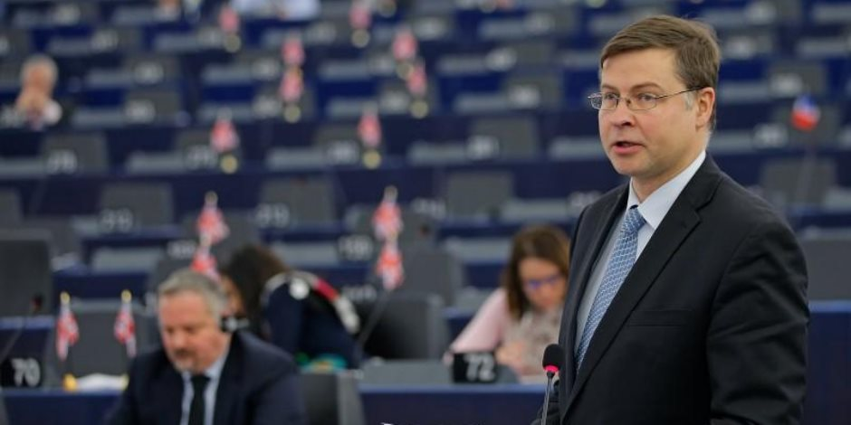 """الاتحاد الأوروبى يدعو ايطاليا إلى اعتماد سياسة ميزانية """"مسؤولة"""""""