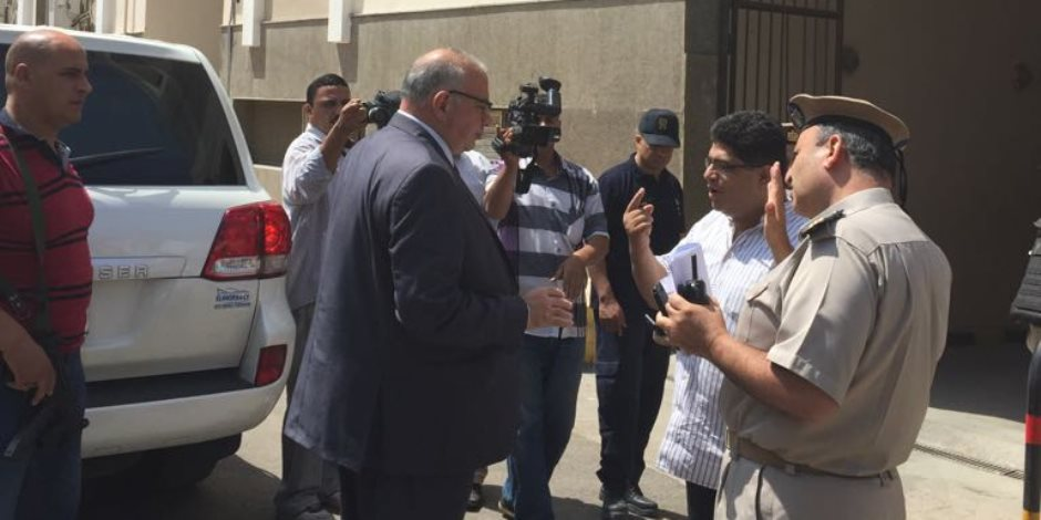 مدير أمن القليوبية يفاجئ مجمع المحاكم بالمنشية ويشدد على مراعاة درجات خطورة المتهمين