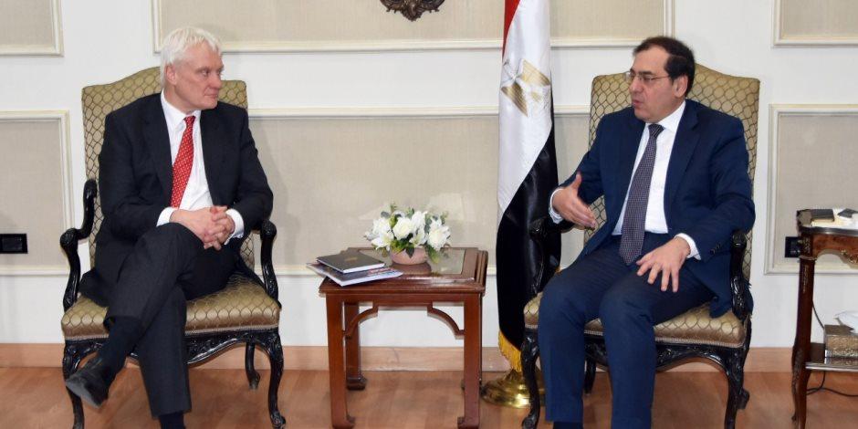 تفاصيل اجتماع طارق الملا بوزير الاستثمار البريطاني لبحث سبل التعاون المتبادل