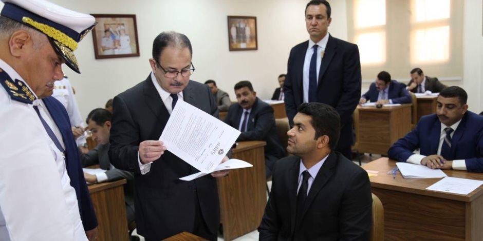 وزير الداخلية يتفقد لجان امتحانات كلية الدراسات العليا ومعهد القادة بأكاديمية الشرطة (صور)