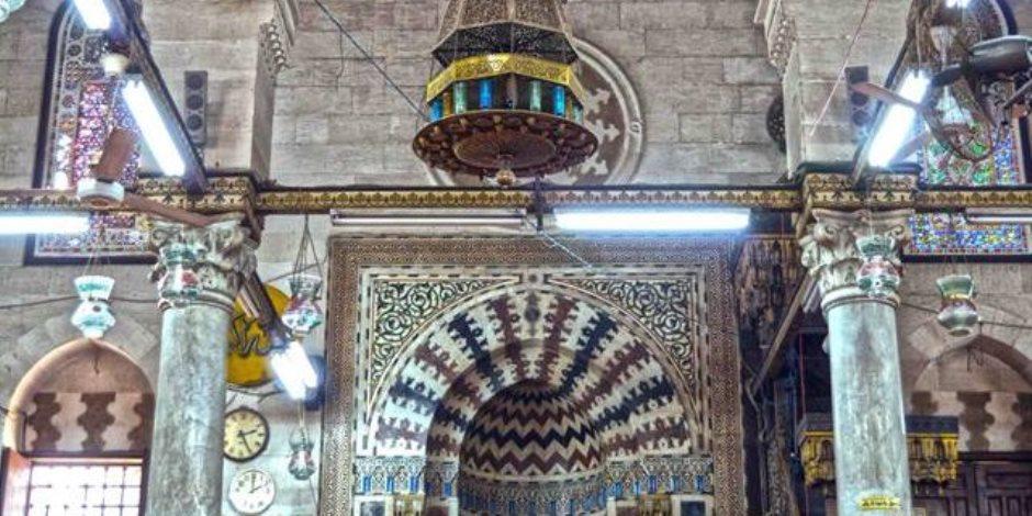قصة إذاعة أذان المغرب قبل موعده بـ 7 دقائق في الإسكندرية.. إحالة 3 موظفين للتحقيق