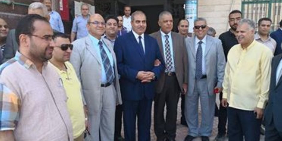 محمد المحرصاوى يتفقد مستشفى جامعة الأزهر بدمياط