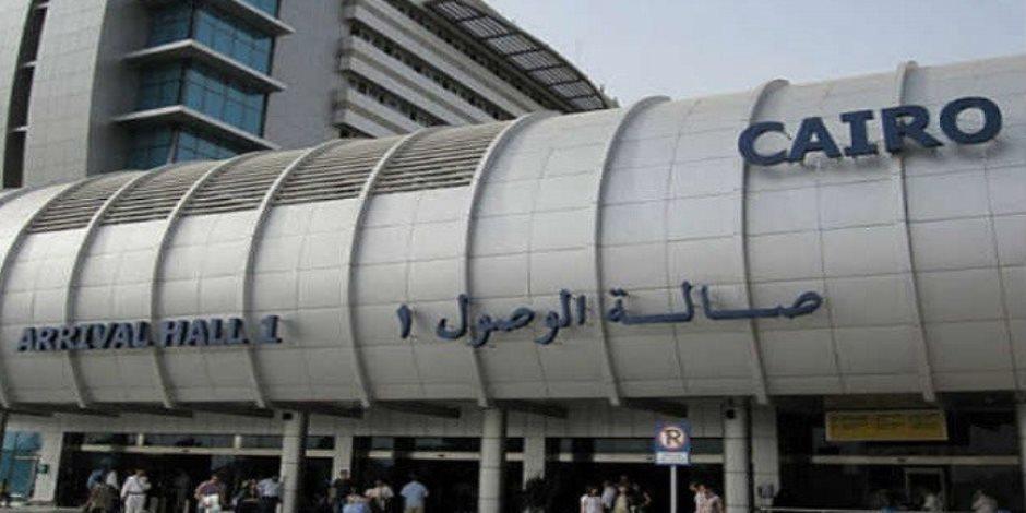 ضبط 26 هاربا من تنفيذ أحكام قضائية بمطار القاهرة