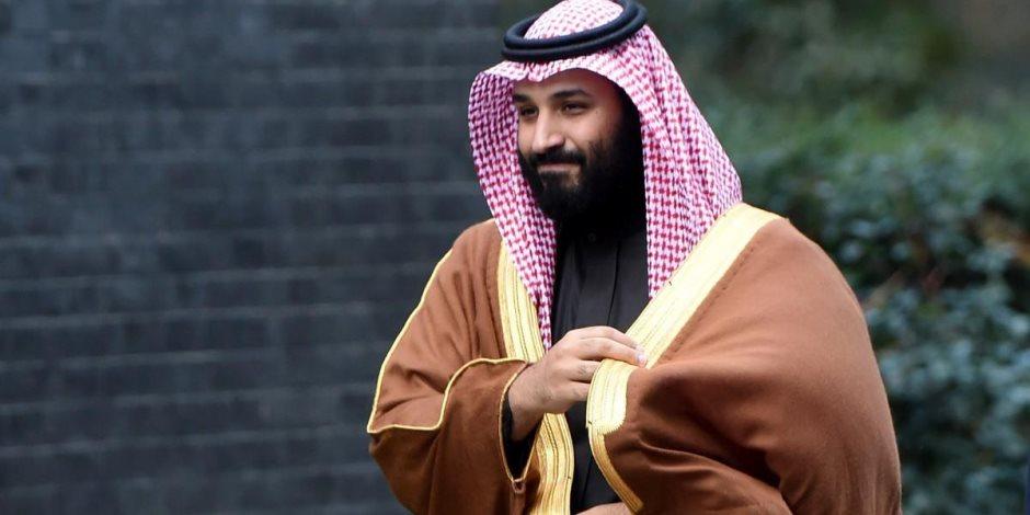 4 تحركات لولي العهد محمد سلمان في ساعة واحدة.. كيف يرى السعوديون أميرهم الشاب؟