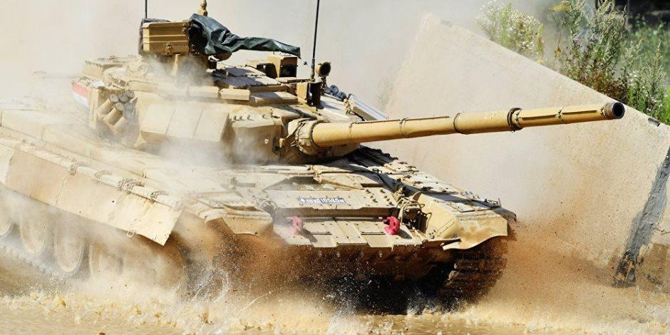 سيناريو متوقع لحرب أمريكية روسية.. ماذا يحدث لو اشتبكت الدبابة أبرامز مع «تي-90»؟