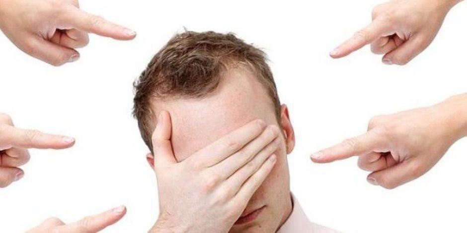 ما تبقاش ضِلّ لحد.. 7 علامات على معاناتك من ضعف الشخصية (فيديو معلوماتي)