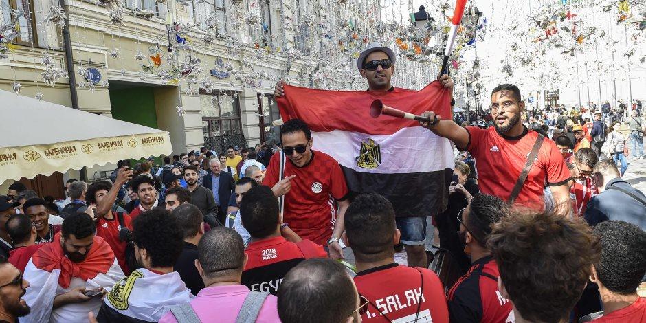 نجوم مصر في مدرجات كاس العالم.. 1200 مشجع يطيرون لبطرسبرج قبل مباراة روسيا غدا