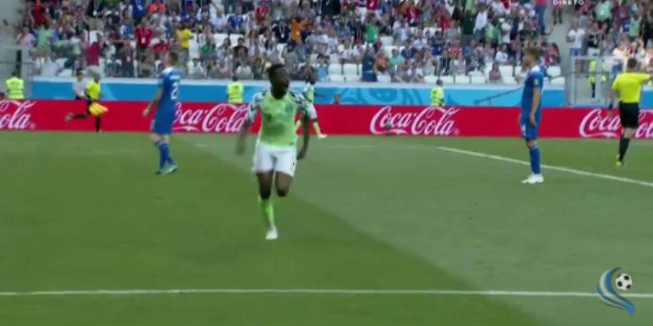 انتفاضة الكبار.. نيجيريا تقترب من دور 16 في كأس العالم بثنائية بأيسلندا