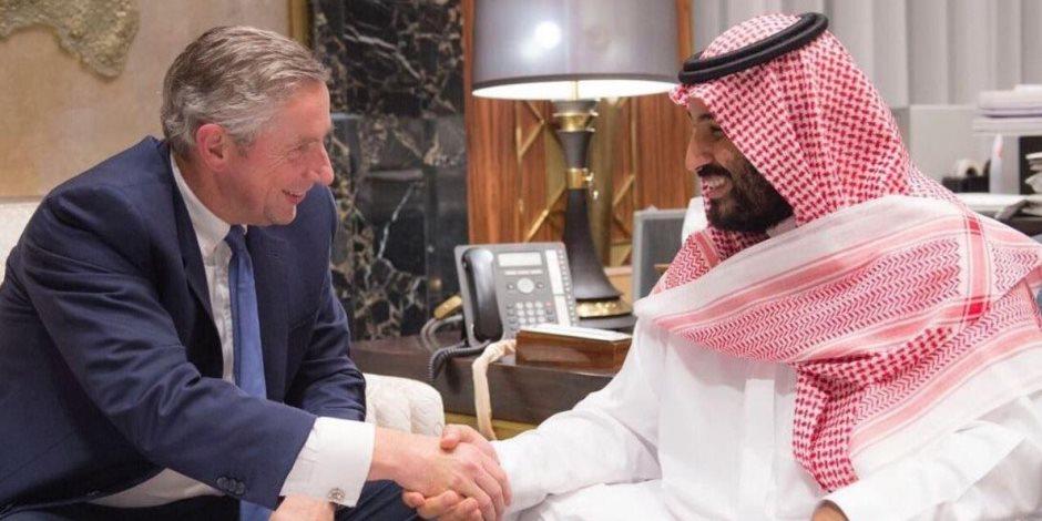 10 معلومات عن مستشار الأمير محمد بن سلمان في «نيوم» (إنفوجراف)