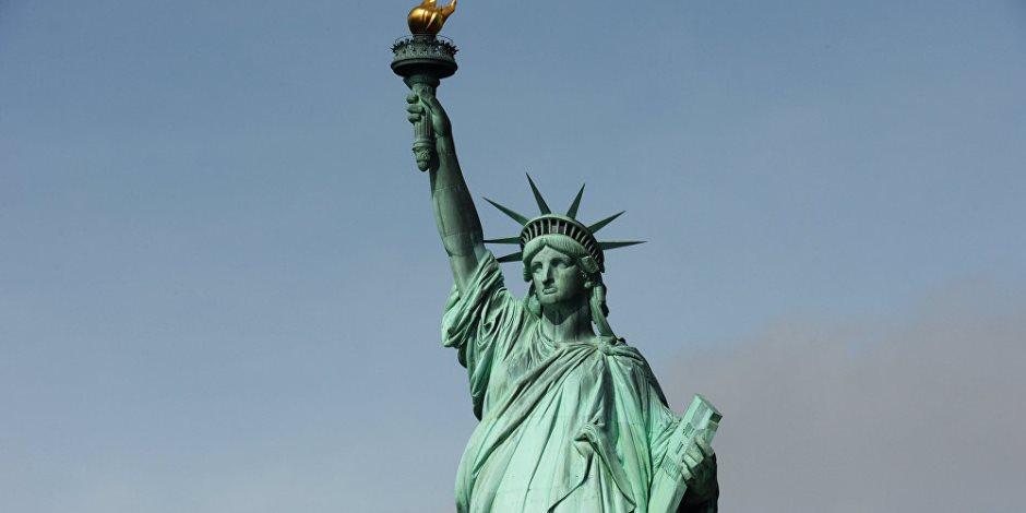 استلهم مصممه وجه أمه وجسد حبيبته.. قصة تمثال الحرية في أمريكا