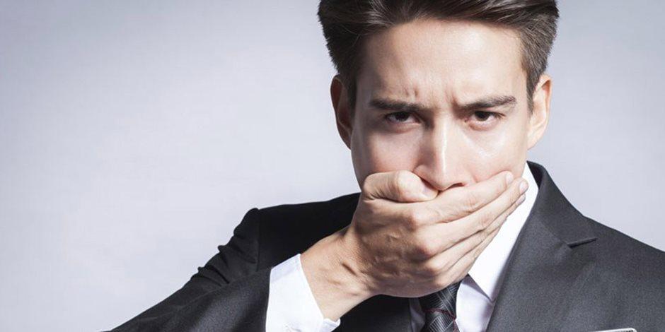 حياتك الزوجية قد تصبح في خطر.. التهابات اللثة تهدد العلاقة الحميمية