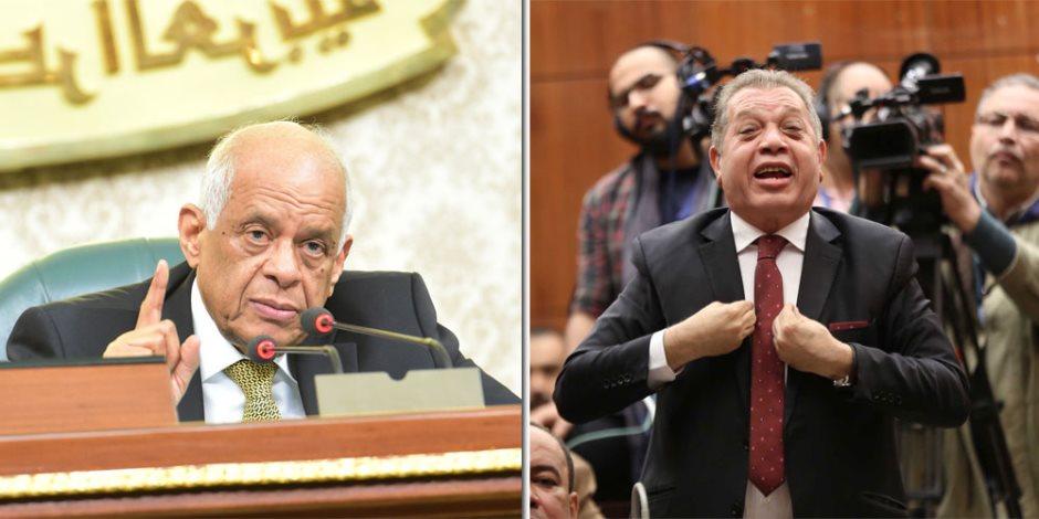 """وافق على القانون ثم شهّر باللجنة.. رئيس البرلمان لـ""""أسامة شرشر"""": أنت تخالف اللوائح"""