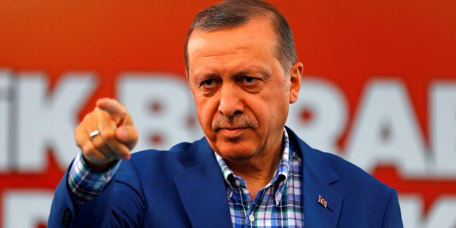 بفضل إجراءات أردوغان التعسفية.. الاقتصاد التركي إلى مزيد من الجحيم