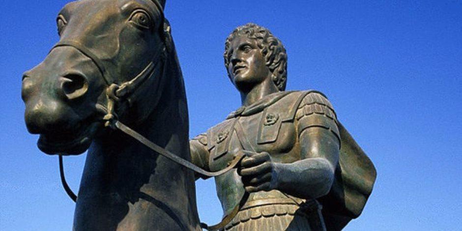 """تابوت يوناني ضخم في عروس المتوسط.. قصة العثور على مقبرة الإسكندر بـ""""سيدي جابر"""""""