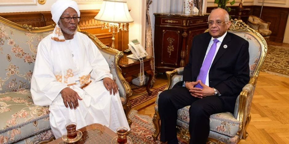 ماذا قال «عبد العال» لرئيس المجلس الوطني السوداني؟ (صور)