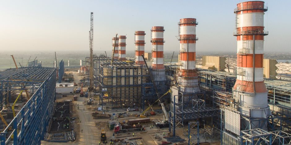 الرئيس يضيء شمال مصر غدا بـ47 مليون ساعة عمل.. 15 معلومة عن محطة كهرباء البرلس