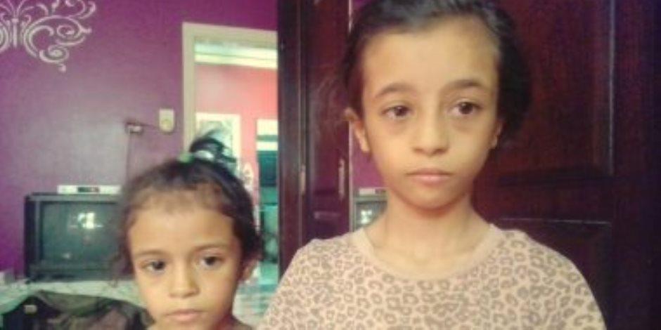 احتجاز زوجة الأب المتهمة بتعذيب طفلتين بالكي بالنار على ذمة التحريات