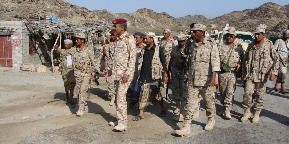 واشنطن تتدخل لوقف وصول الأسلحة للحوثيين.. هذا ما فعلته البحرية الأمريكية في عدن