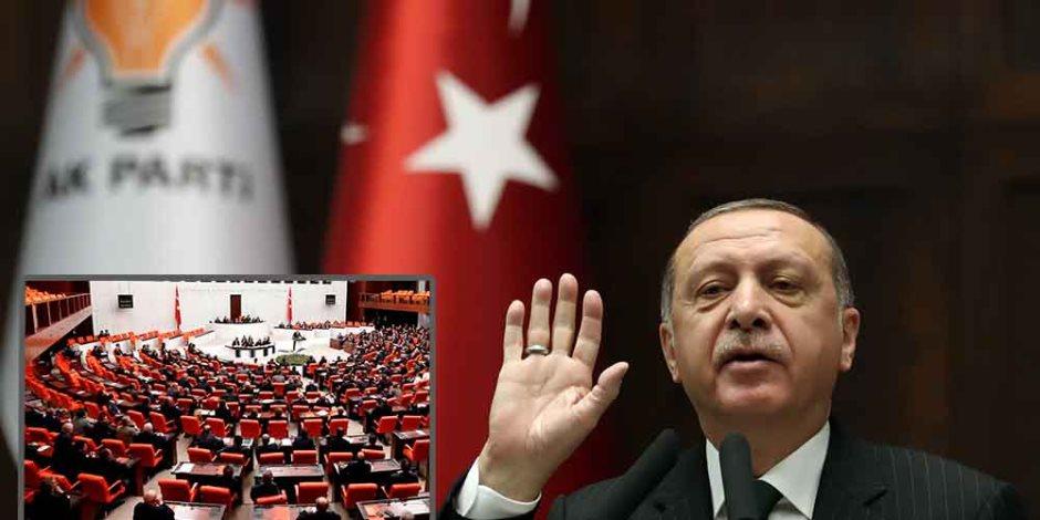 شلل الحياة في تركيا.. أردوغان يفشل في مواجهة أزمة الفيضانات